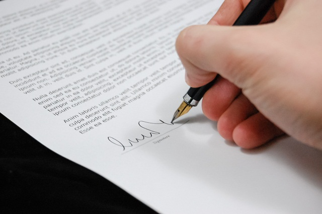 Modeling Contracts